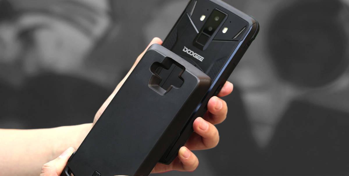 Czy modułowe pancerne smartfony mają w ogóle sens? Zastanówmy się…