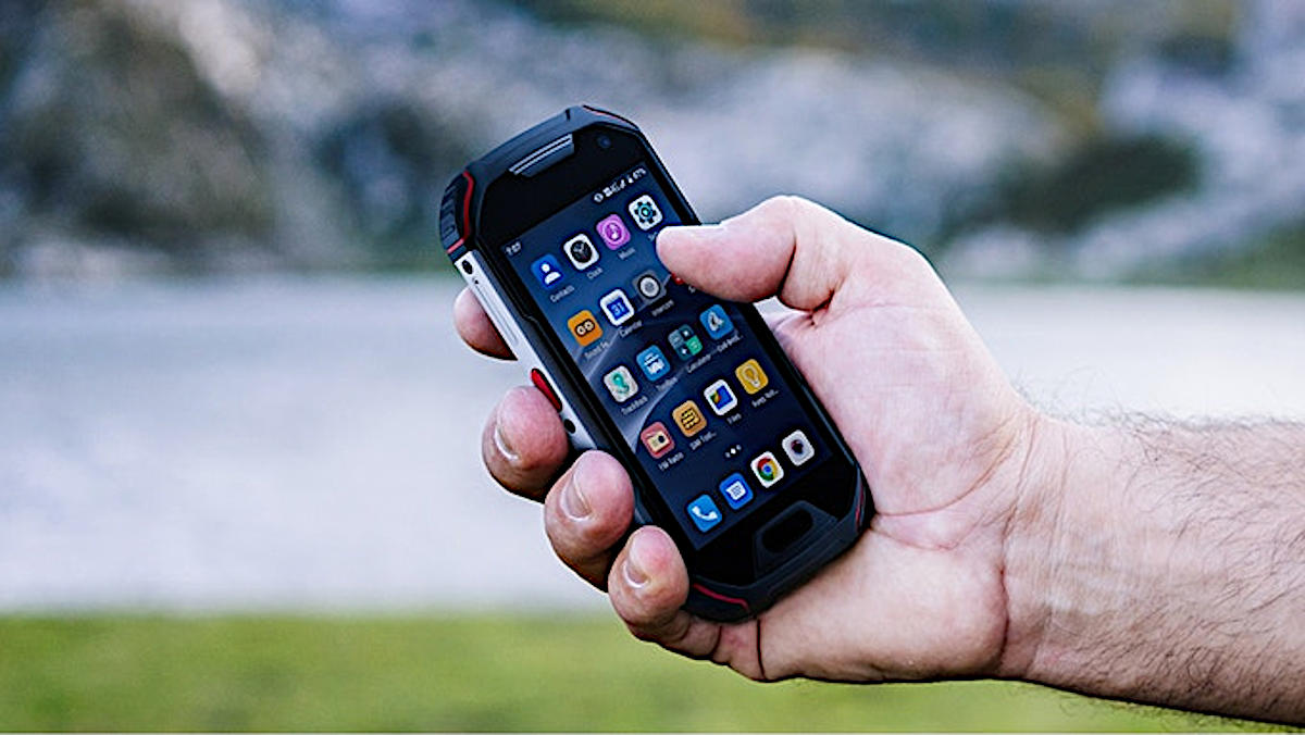 Unihertz Atom XL – mini pancerny smartfon z ekranem 4 cale, radiem DMR i aparatem 48 Mpix